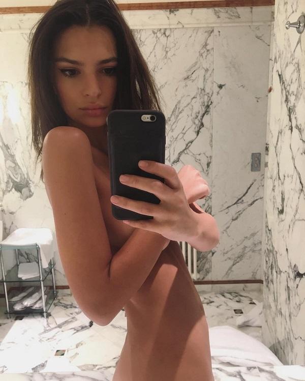 Модель Эмили Ратажковски